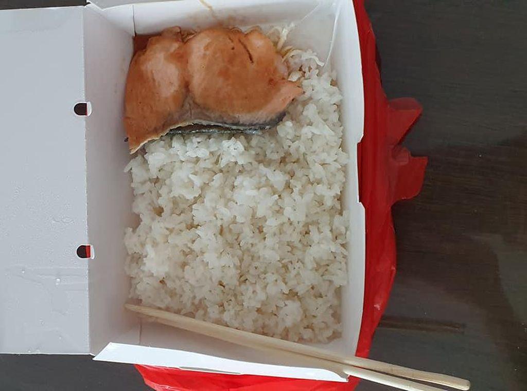 Beli Nasi Salmon Teriyaki Rp 77 Ribu, Pria Ini Dapat Seiris Tipis Ikan Salmon