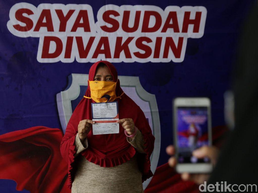 Cegah Kerumunan, Titik Vaksinasi COVID di Medan Bakal Diperbanyak