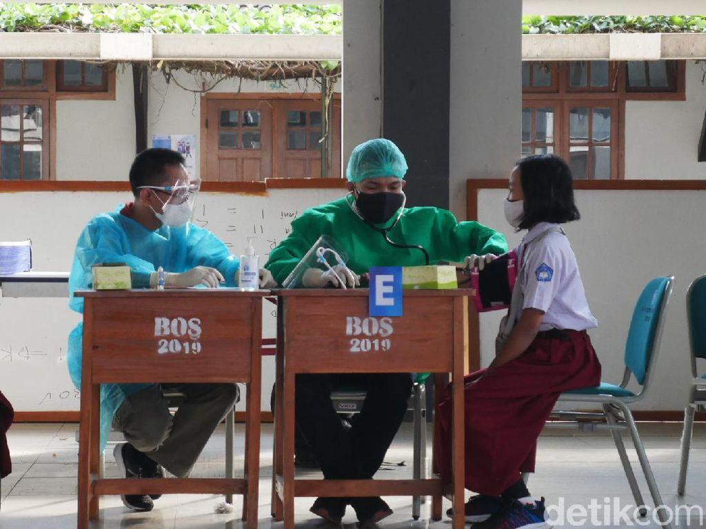 Pendaftaran Vaksin COVID-19 untuk Siswa, Cek Lokasinya di Sini