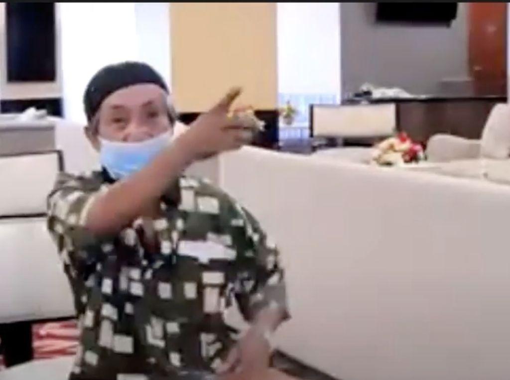 Apresiasi Menkes untuk Kakek Safaruddin, Viral Gowes 15 Km Mencari Vaksin