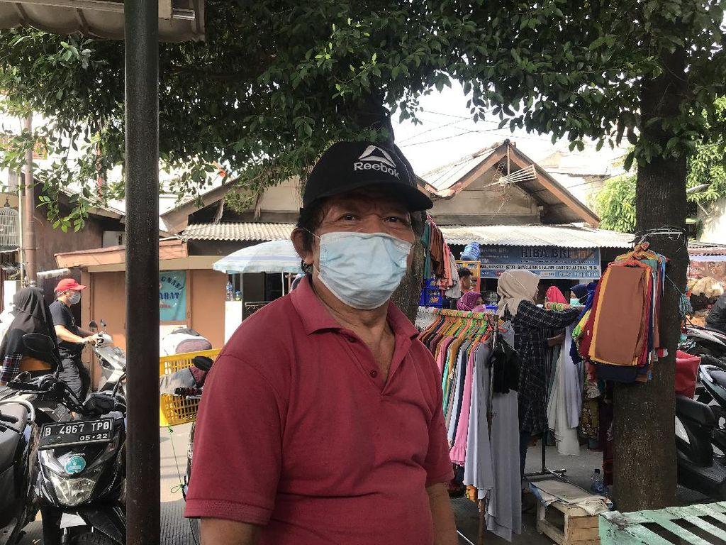 Ada Syarat Sudah Vaksin, Pedagang Lokbin Kramat Jati Segan Tanya Pembeli