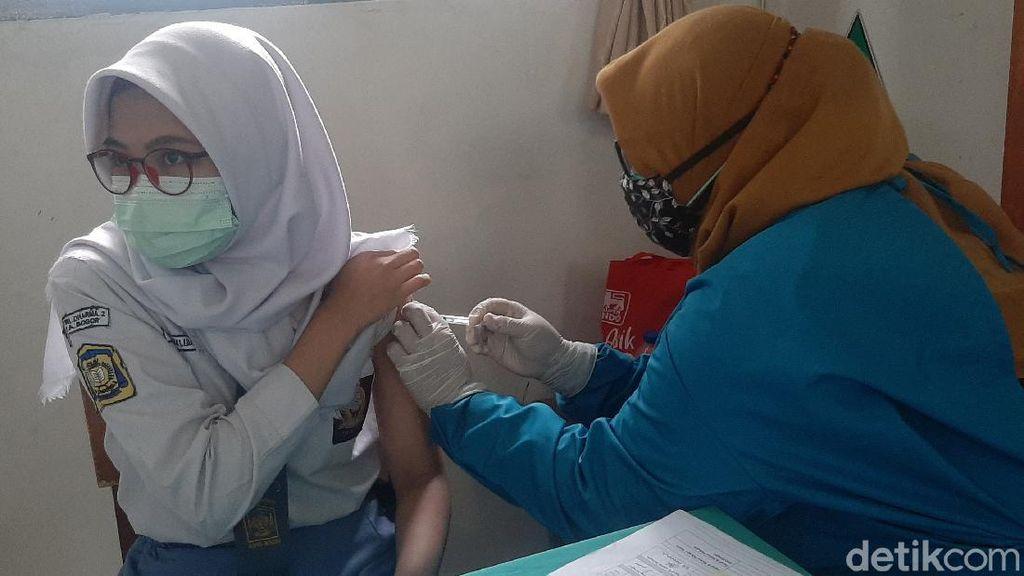 Usai Divaksin, Pelajar di Bogor Berharap Segera Sekolah Tatap Muka
