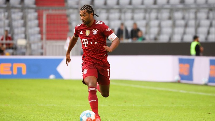 MUNICH, GERMANY - JULY 28: Serge Gnabry of Bayern Muenchen during the Pre-Season Match between FC Bayern Muenchen and Borussia Moenchengladbach at Allianz Arena on July 28, 2021 in Munich, Germany. (Photo by Robin Marchant/Getty Images)