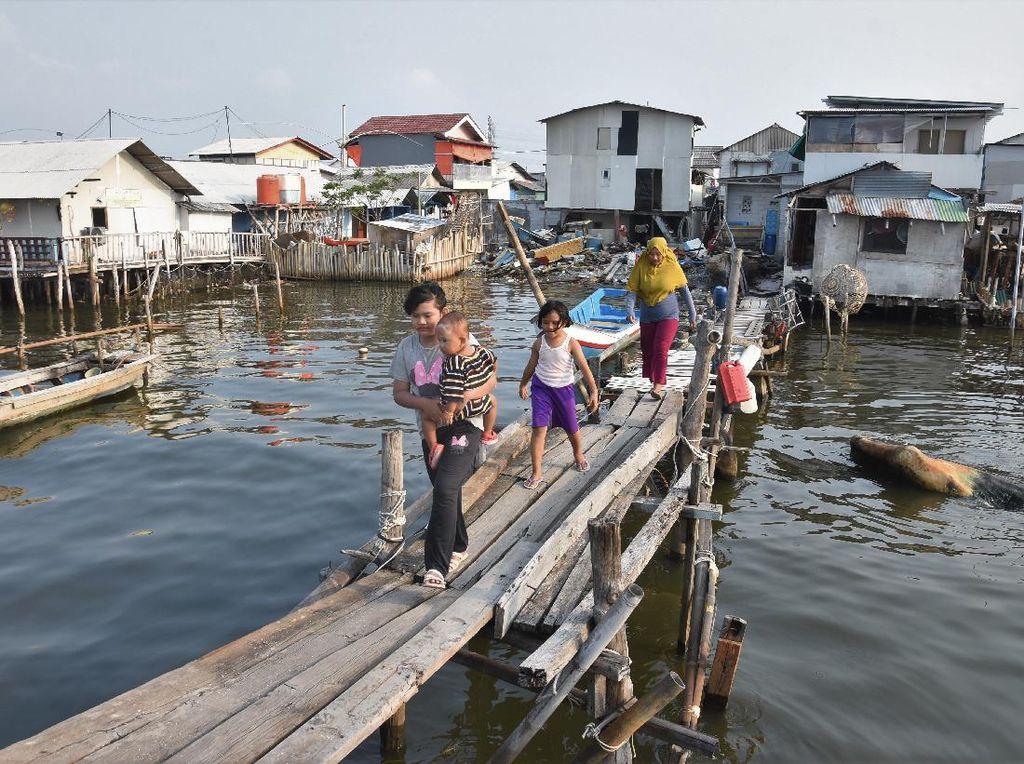Jakarta Terancam Tenggelam, Begini Kehidupan Warga di Pesisir Ibu Kota