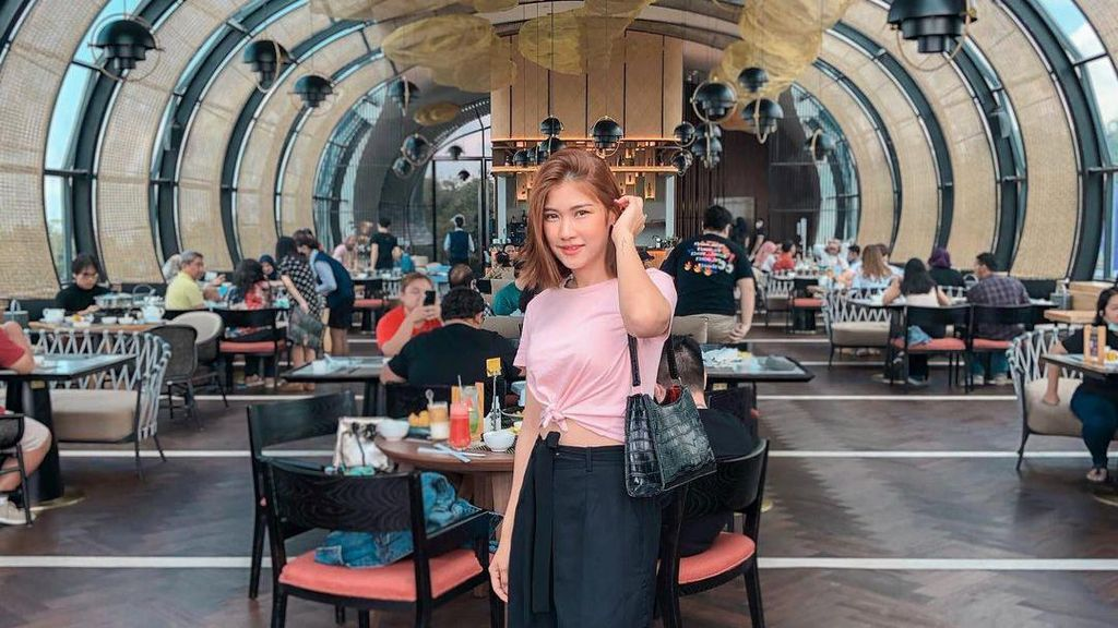 Olivia MasterChef Undur Diri, Ini Momen Asyiknya Nongkrong di Kafe!