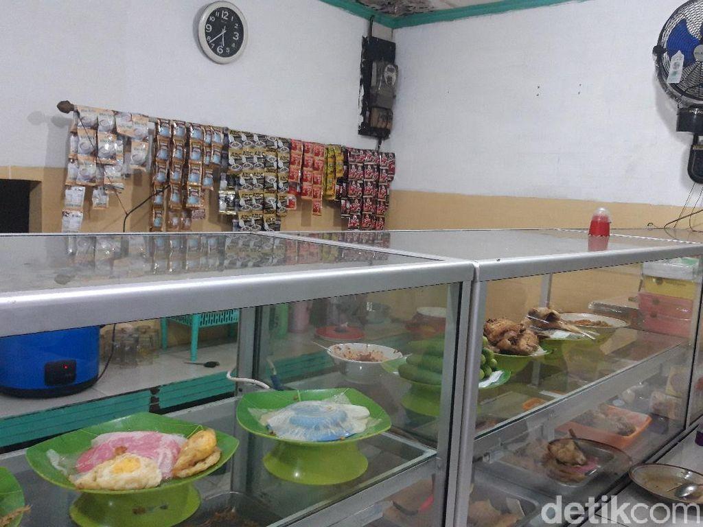 Curhat Penjual Warteg di Jakarta: PPKM Level 4 Jangan Diperpanjang!