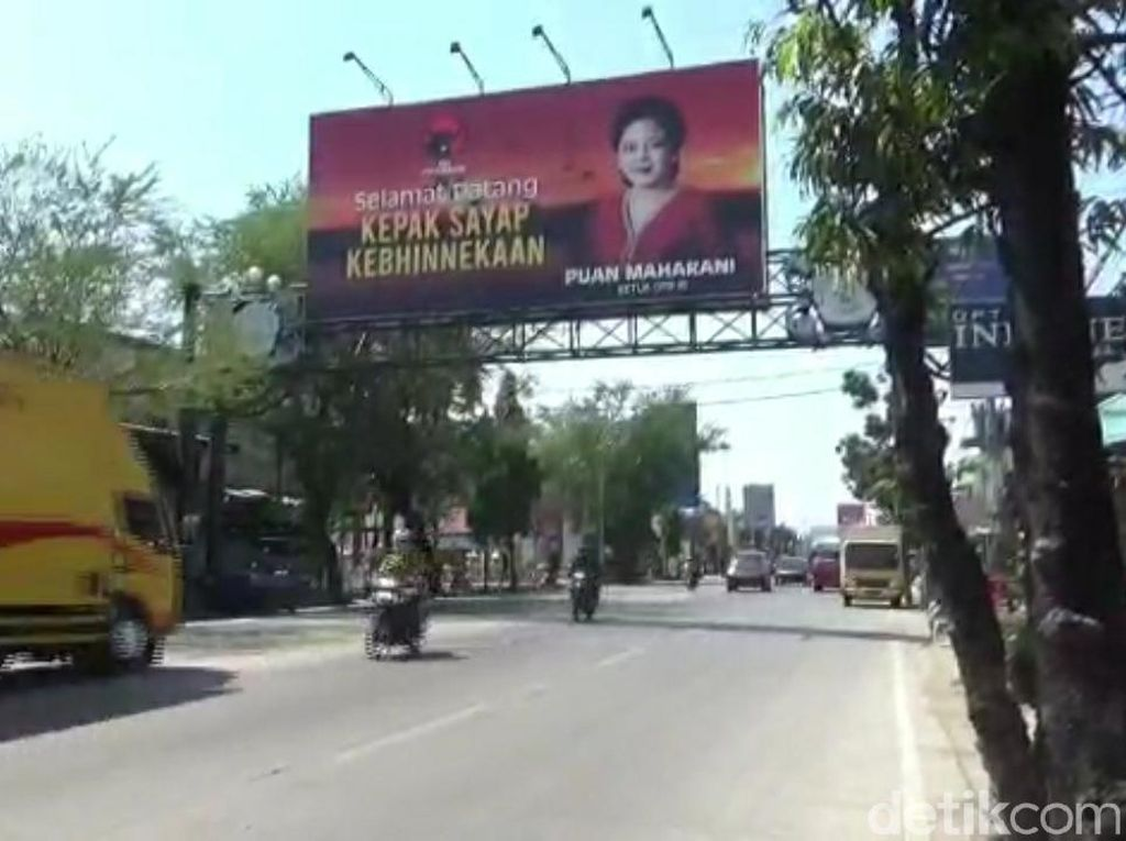 2 Anggota DPR FPDIP Ini Ngaku Pasang Ratusan Baliho Puan di Brebes