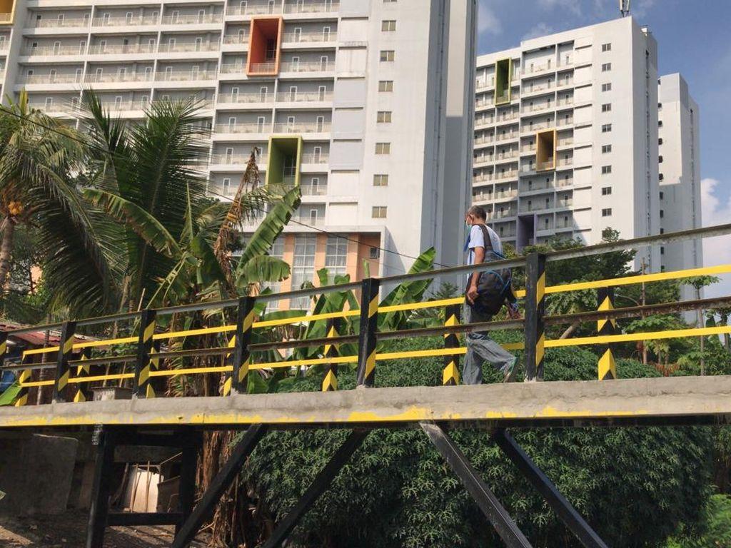 Melihat Jembatan Bambu Reyot di Jakbar yang kini Jadi Beton