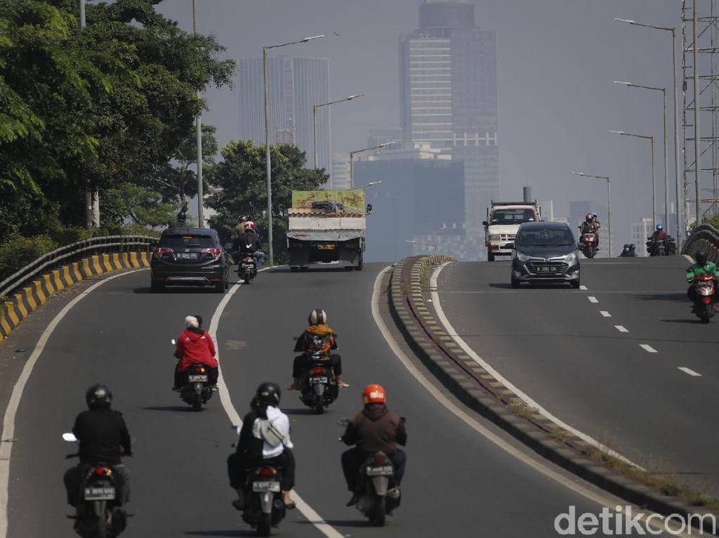 Mobilitas Warga Mulai Naik di Minggu Kedua PPKM Level 4 Jakarta