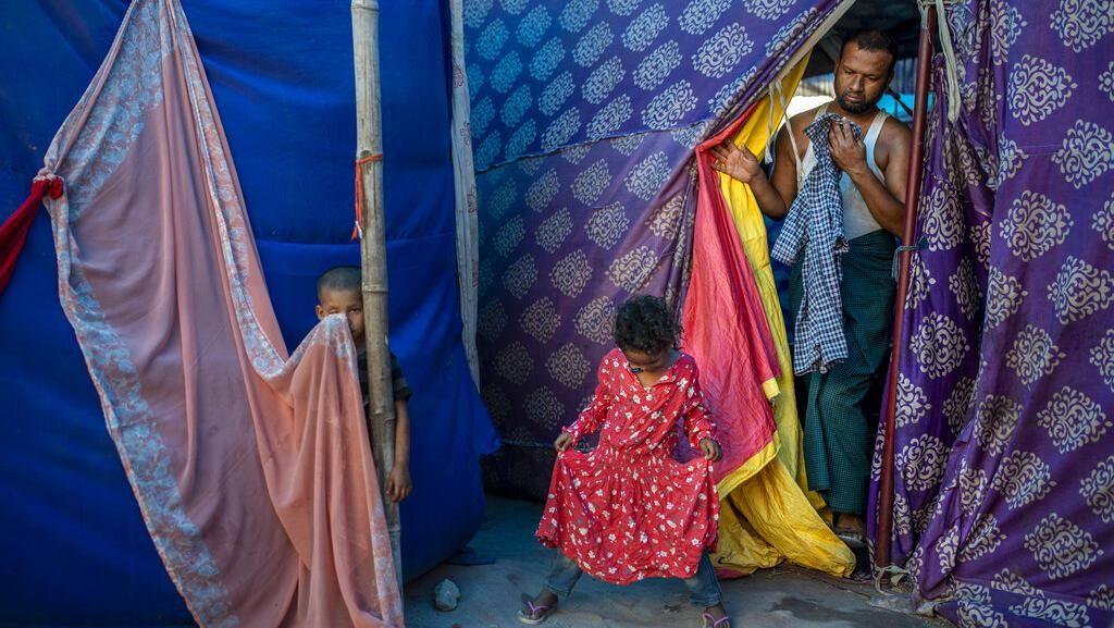 Potret Pengungsi Rohingya di India Menanti Vaksinasi Corona