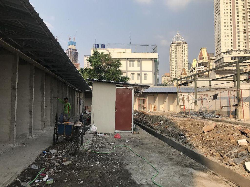 Proyek Pembangunan Pasar Kambing Tanah Abang Belum Selesai Dikerjakan