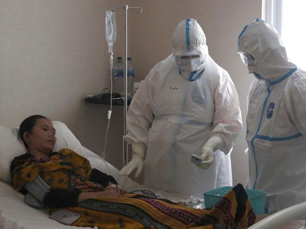 Saat Corona Tak Hentikan Semangat Dokter Ini Merawat Pasien COVID-19