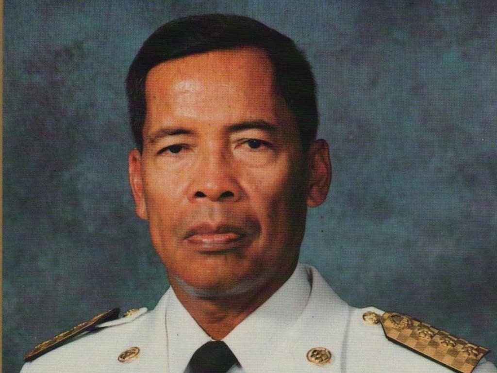 Anies-Sandi Berduka, Kenang Dedikasi Almarhum Soerjadi Soedirja Bangun Jakarta