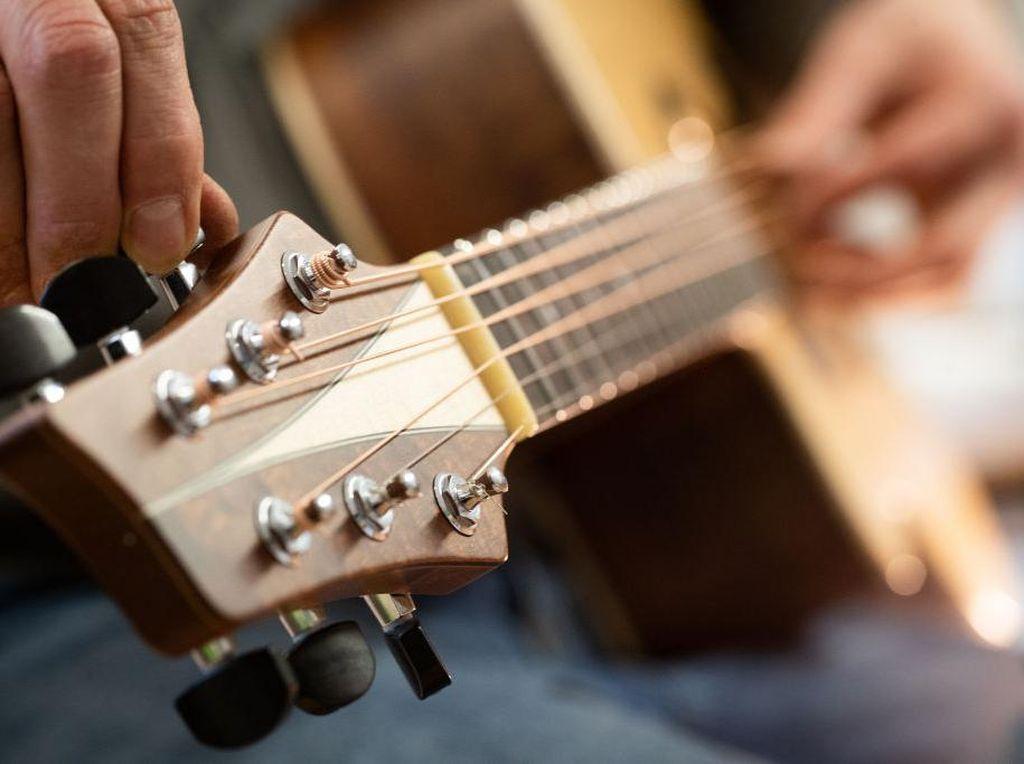 Ingin Belajar Gitar? Simak Tips-tips Berikut!