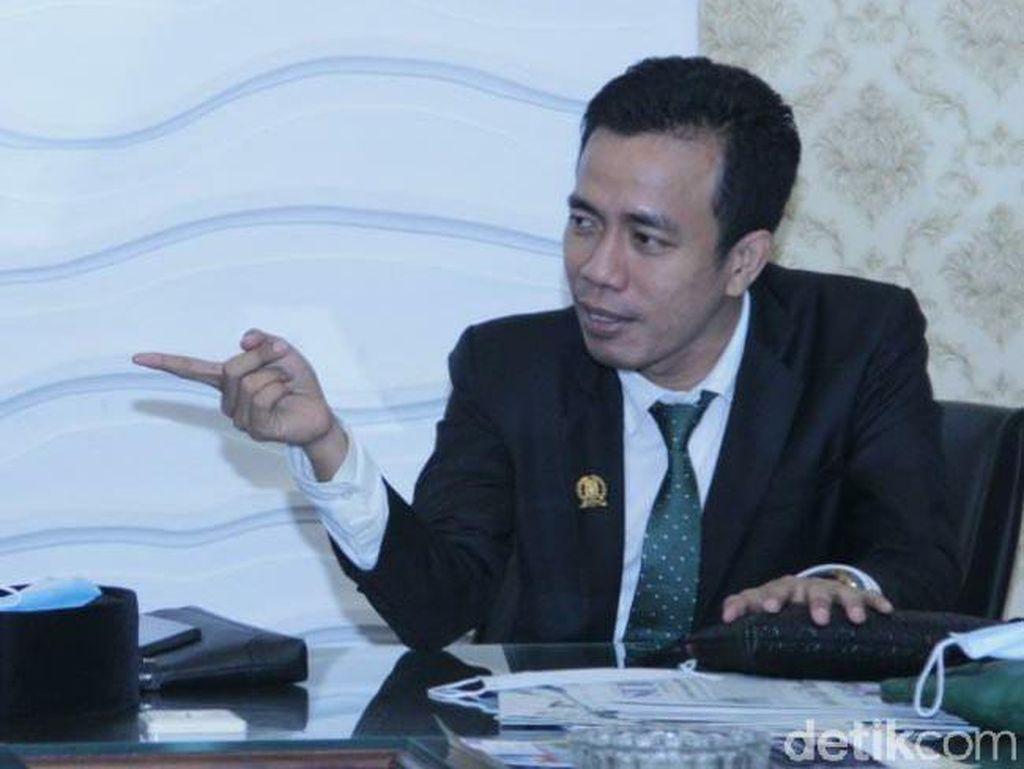 Ketua Fraksi PKB DPRD Jatim Tawarkan Bantuan Hukum Keluarga Pem-Bully Ayu Ting Ting