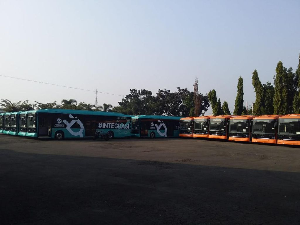 Fitur Bus Listrik TransJakarta: Ada Suara Buatan, Pakai Baterai Spesifikasi Tesla