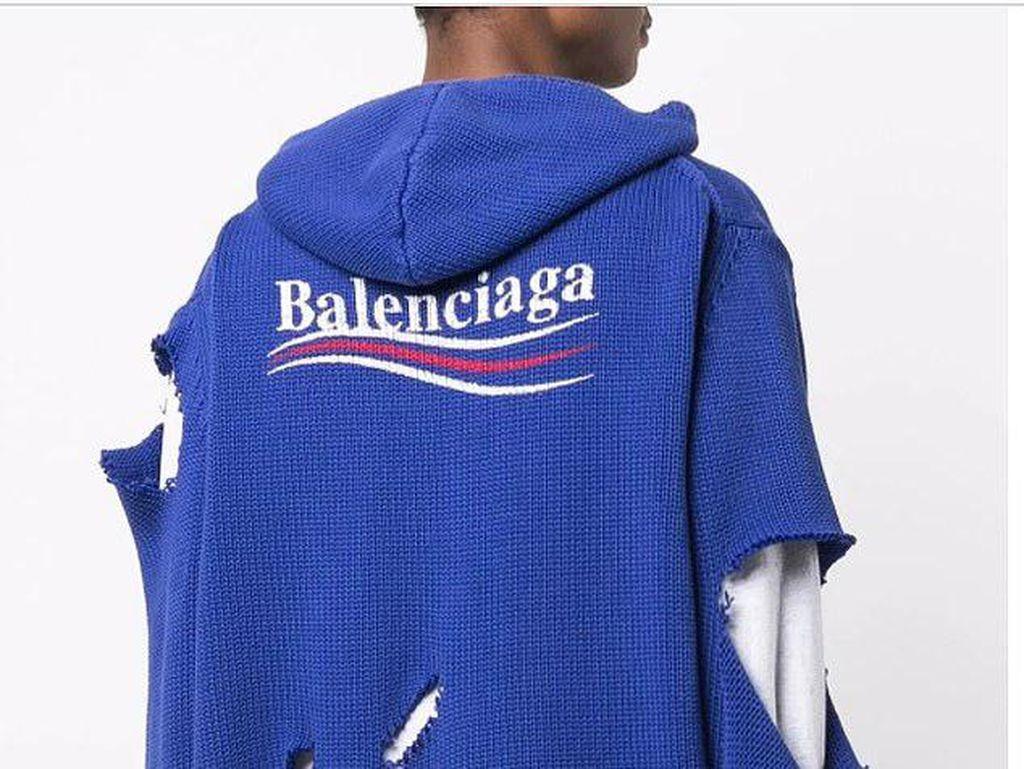 Balenciaga Jual Jaket Sobek Rp 27 Juta, Netizen: Seperti Digigit Anjing