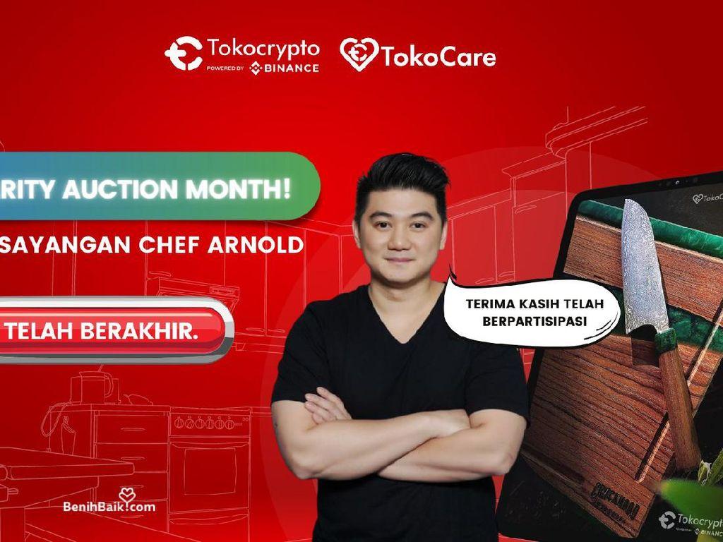 Pisau Kesayangan Chef Arnold Poernomo Laku Dilelang Rp 60 Juta untuk Amal