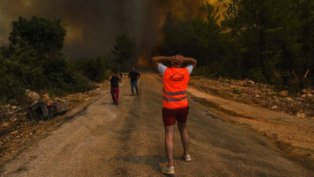 Ganasnya Kebakaran Hutan di Turki yang Ancam Pembangkit Listrik