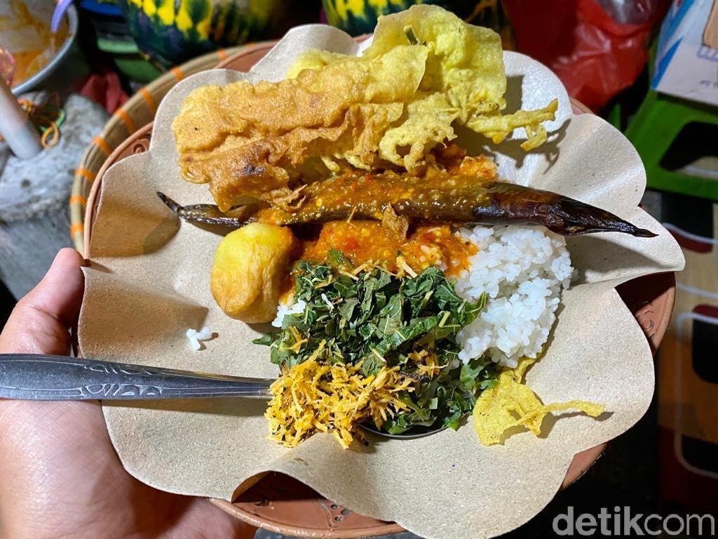 Sedep Murah! Jajan Nasi Boran khas Lamongan di Warung Mbak Sri