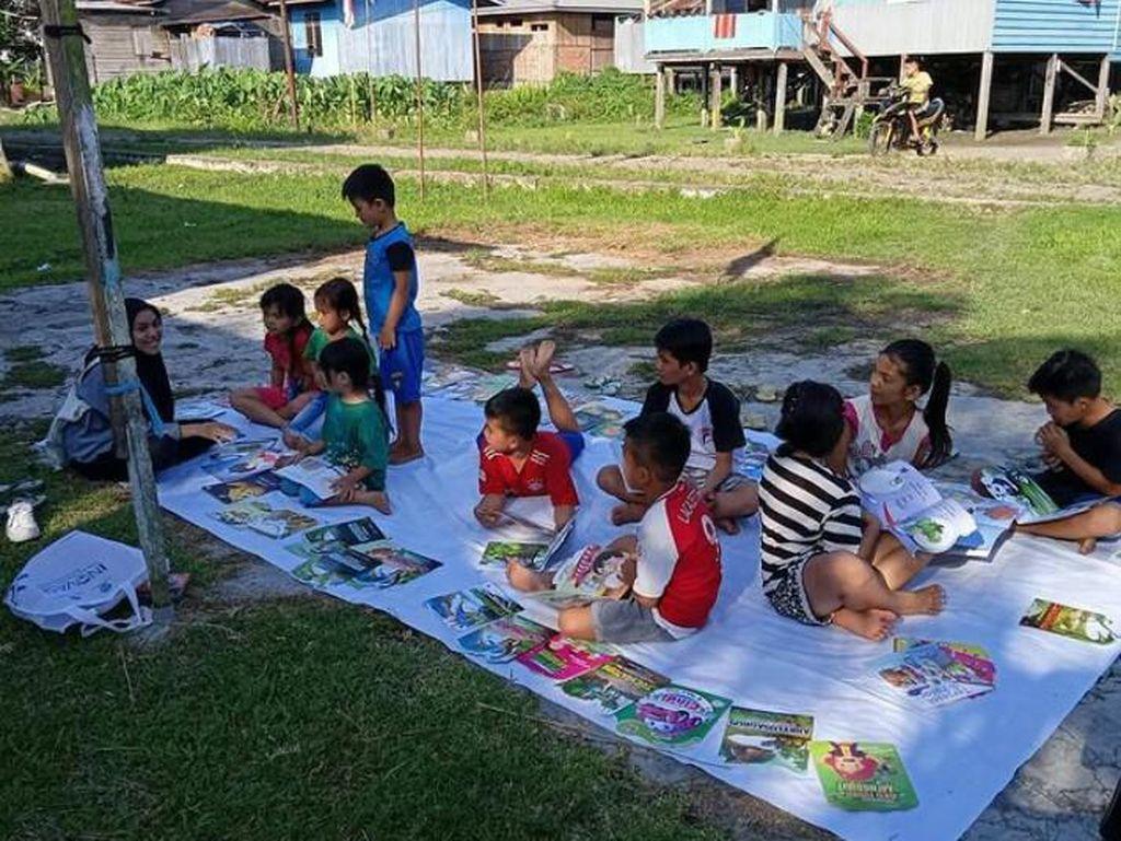 Kisah Pemuda Malinau Berjuang Bangun Literasi Anak di Perbatasan RI