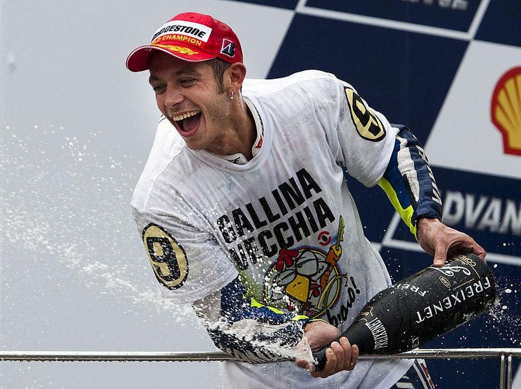 26 Tahun Ngebut di MotoGP, Rossi Tumpuk Harta Rp 2,8 T