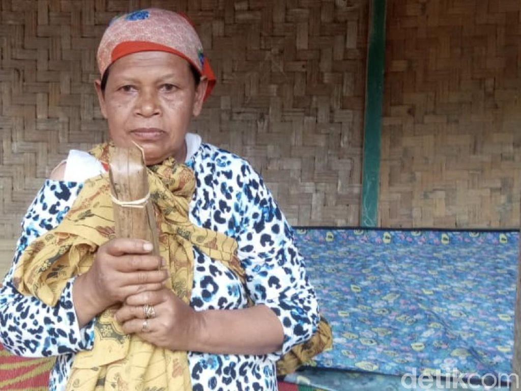 Misteri Gerombolan Orang di Balik Kisah Viral Nenek Penjual Gula Dirazia Satpol PP