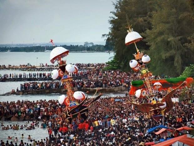 Begini cara masyarakat Padang rayakan tahun baru Islam/Foto: pinterest.com