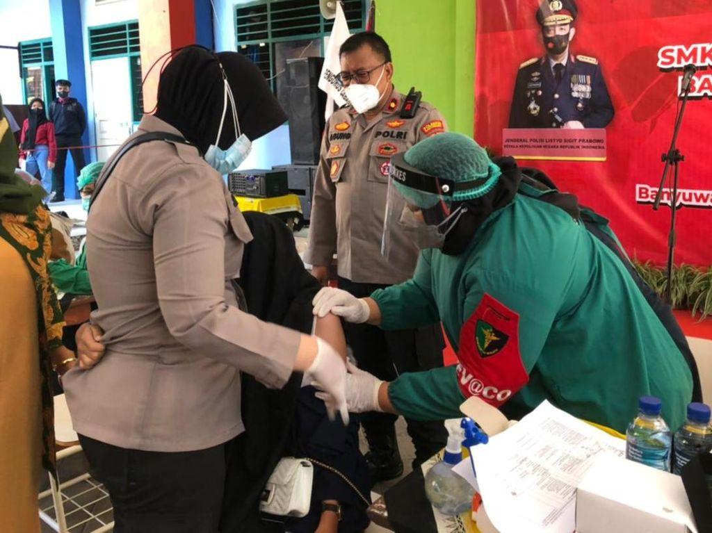 Capai Target Herd Immunity, 1.200 Mahasiswa dan Pelajar di Banyuwangi Divaksin
