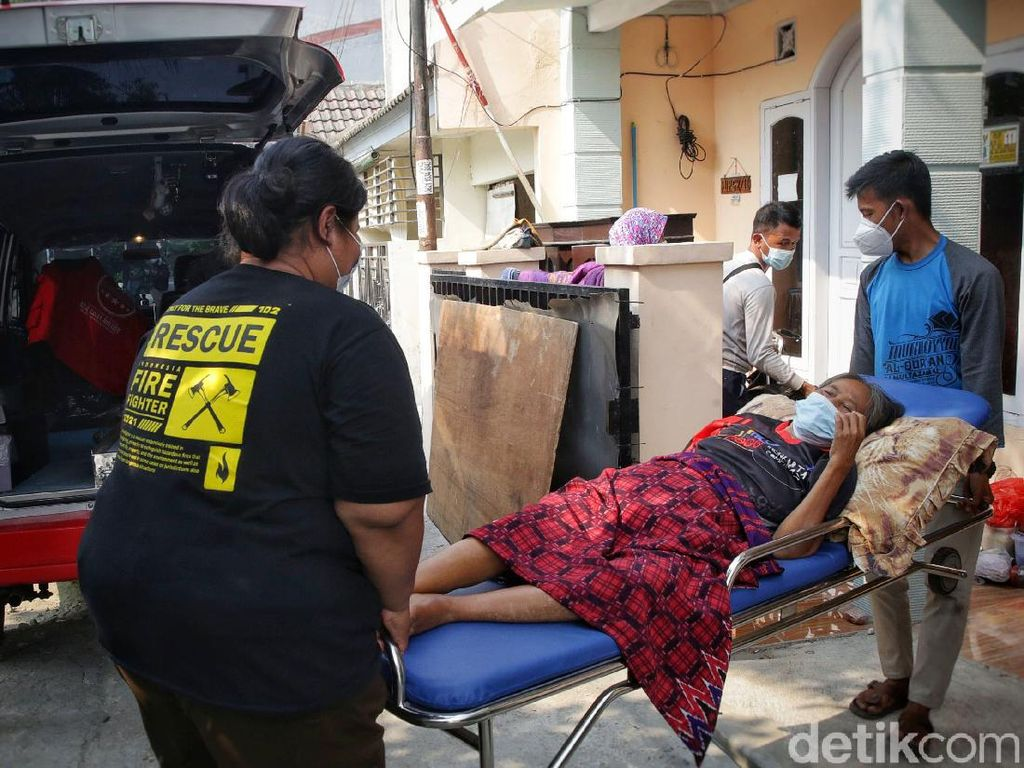 Aksi-aksi Malaikat Tak Bersayap di Tengah Pandemi