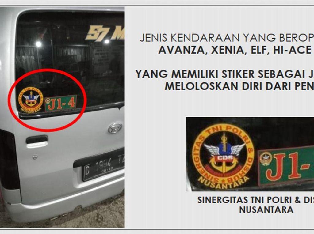 Stiker Anti Putar Balik saat PPKM Bertuliskan Sinergitas TNI, Polri, dan Dishub
