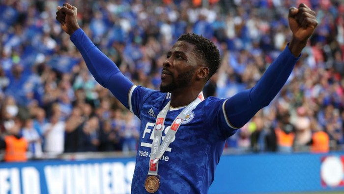 LONDON, ENGLAND - AUGUST 07: Kelechi Iheanacho of Leicester City celebrates their sides victory with his winners medal after The FA Community Shield Final between Manchester City and Leicester City at Wembley Stadium on August 07, 2021 in London, England. (Photo by Catherine Ivill/Getty Images)