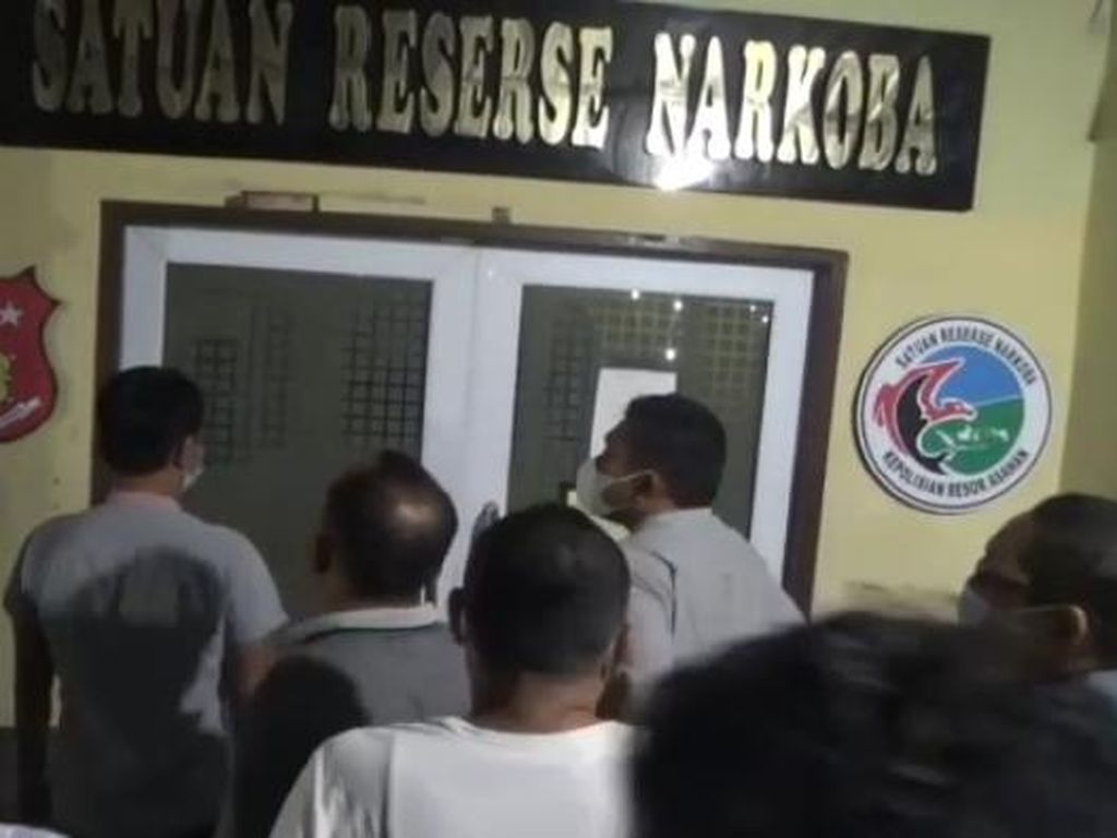 Dites Urine, 5 Anggota DPRD Labura Positif Narkoba!