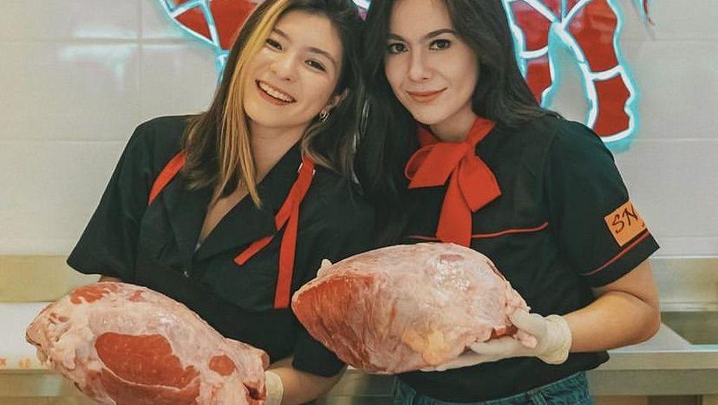 Wow! Shalom Razade Putri Wulan Guritno Jago Buat Donat dan Risol