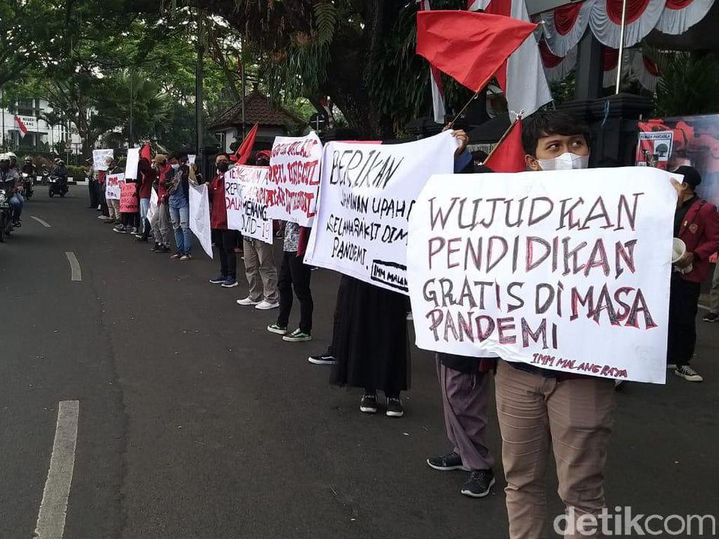 Ini 9 Tuntutan Mahasiswa Saat Demo Depan DPRD Kota Malang