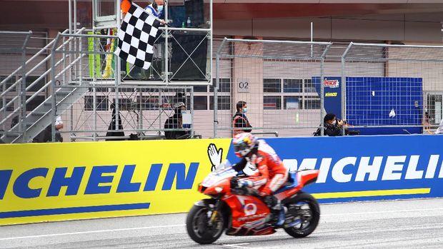 MotoGP - Styrian Grand Prix - Red Bull Ring, Spielberg, Austria - August 8, 2021 Pramac Racing's Jorge Martin wins the MotoGP race REUTERS/Borut Zivulovic