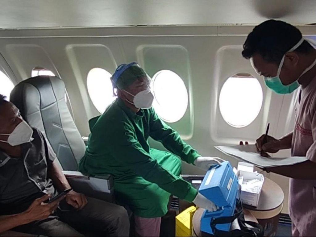 Gunungkidul Punya Vaksin With a View, Kuningan Punya Vaksin di Pesawat