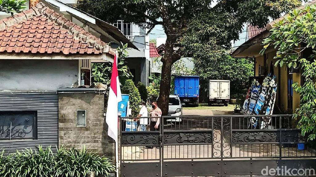 Rumah Bupati Banjarnegara Dijaga Ketat Polisi, Kok Bisa?