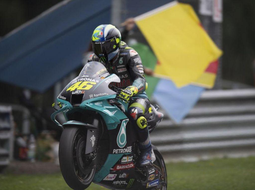 Kelakar Valentino Rossi: Batal Pensiun jika Juara Dunia MotoGP 2021