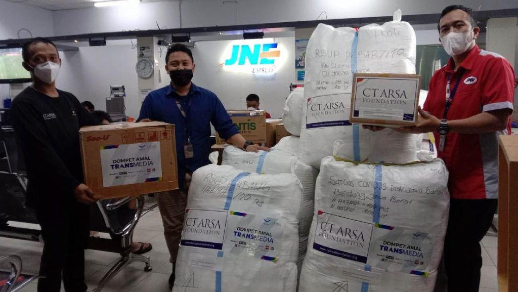 CT ARSA Foundation Distribusikan Bantuan APD