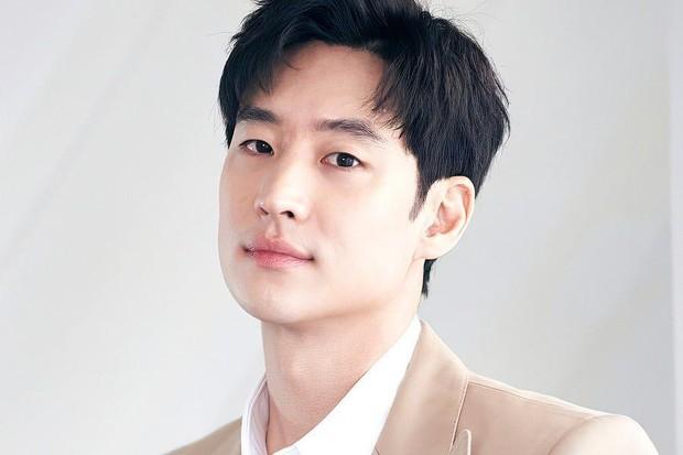 Lee Je Hoon didapuk sebagai duta humas untuk sensus ekonomi