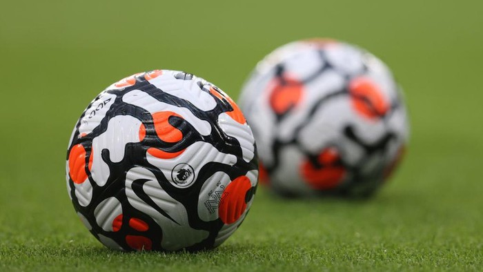 LONDON, ENGLAND - AUGUST 04: The Premier League Nike AerowSculpt strike ball ahead of the Pre Season Friendly match between Chelsea and Tottenham Hotspur at Stamford Bridge on August 04, 2021 in London, England. (Photo by Catherine Ivill/Getty Images)
