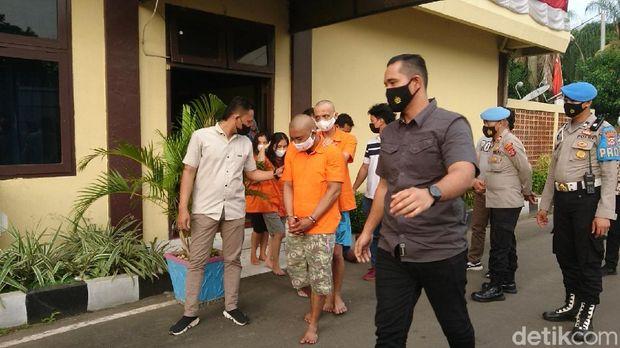 Sekeluarga di Cilegon Edarkan Sabu, Kakak Tertua Jadi Pelaku Utama