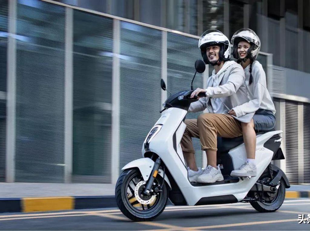 Ini Wujud U-GO, Skuter Listrik Honda yang Harganya Setara Honda BeAT