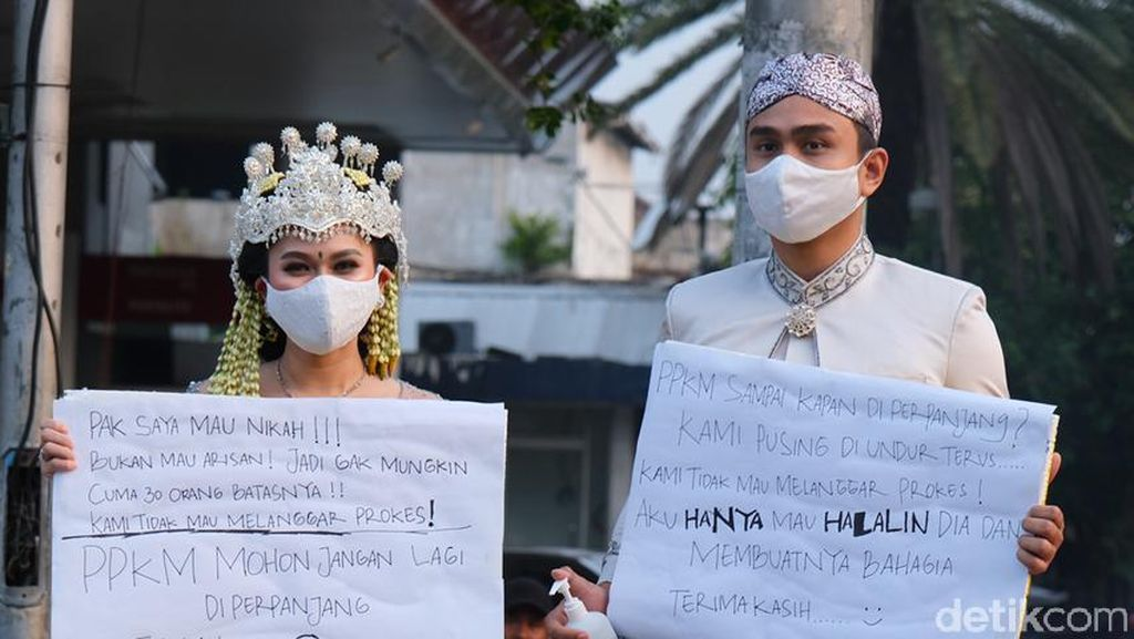 5 Foto Pasangan Viral karena Prewedding Sekaligus Protes PPKM Diperpanjang