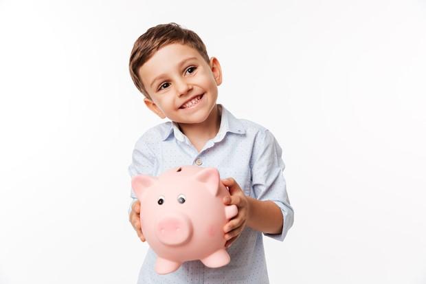 Anak menabung