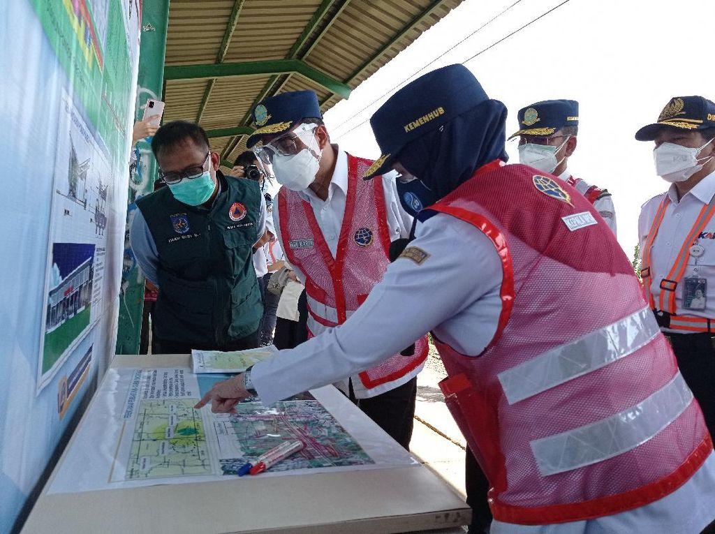 Menhub Tinjau Rencana Reaktivasi Stasiun KRL Pondok Rajeg