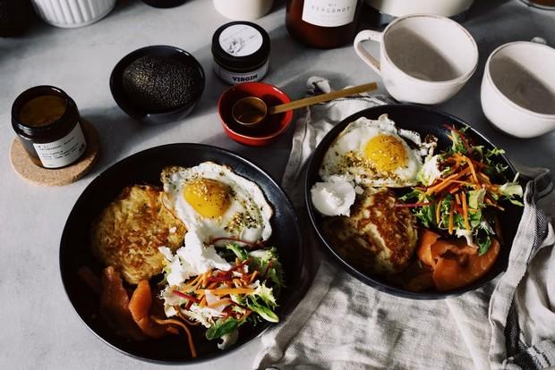 Perbanyak konsumsi protein dan serat untuk mengecilkan perut.