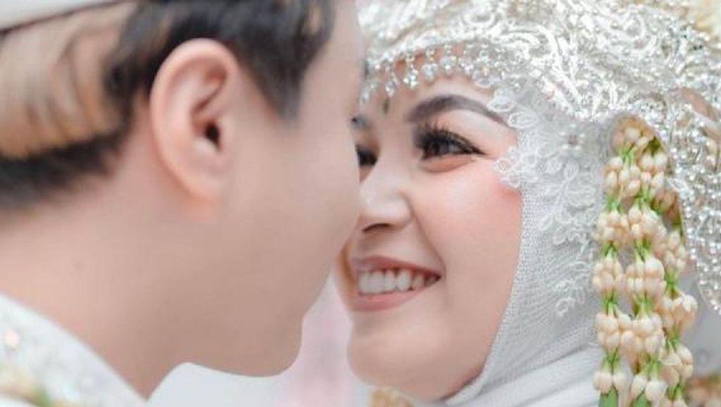 8 Foto Bahagia Pria Mualaf Korea Menikahi Pedangdut Cantik Pantura