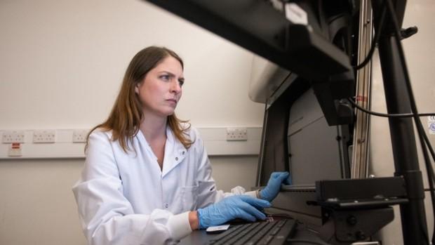 Profesor Katie Ewer perempuan hebat di balik vaksin AstraZeneca